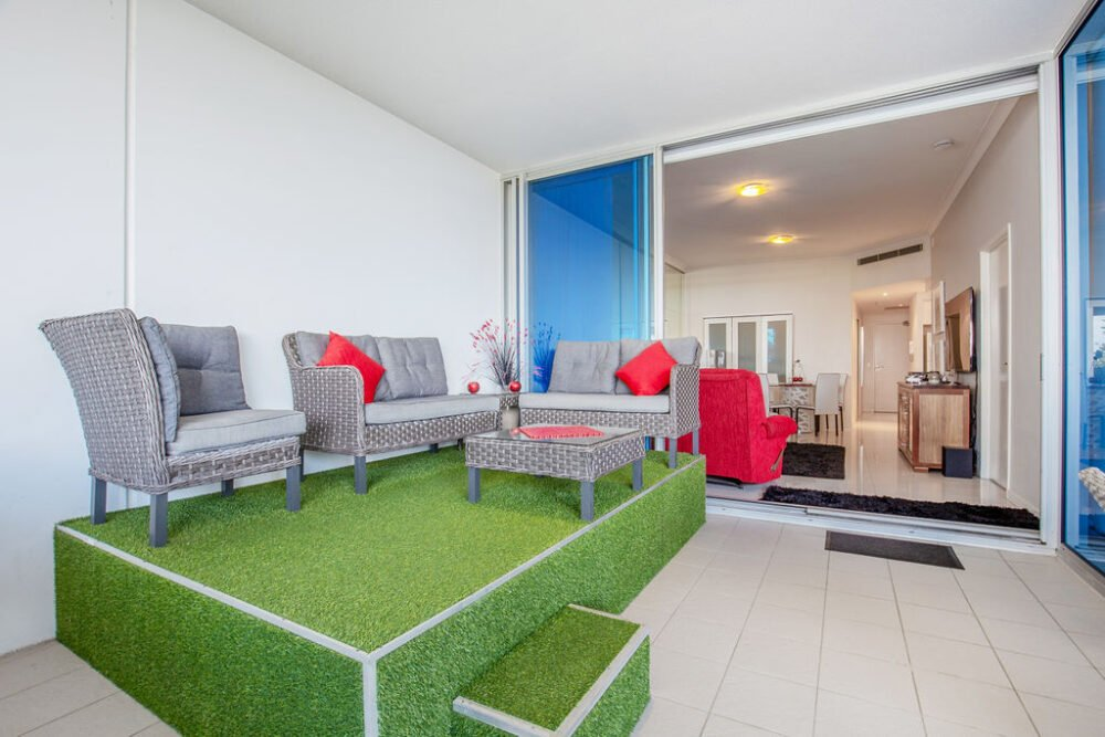 Broadwater-courtyard-apartment