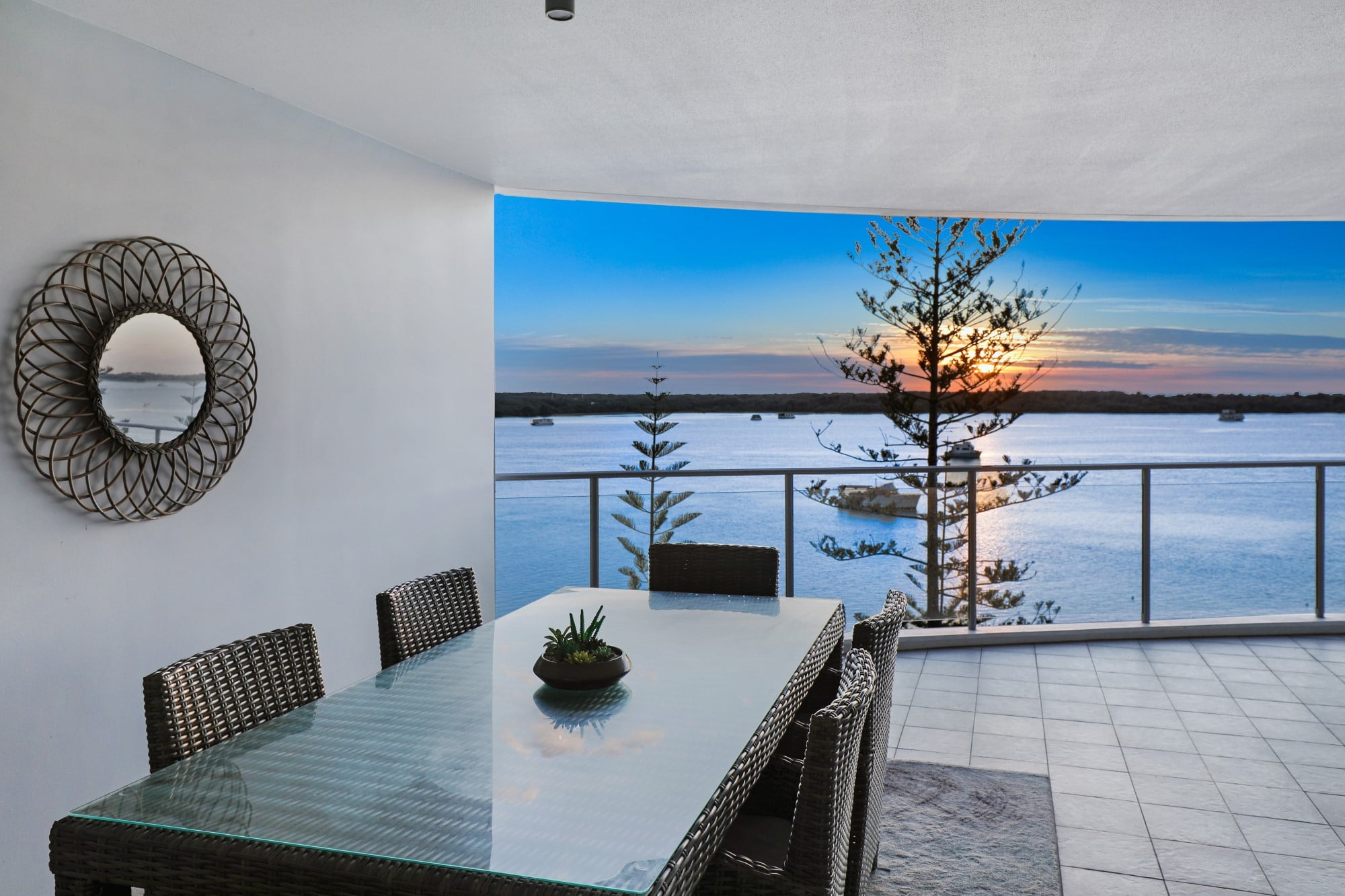 Gold Coast Family Accommodation - Silvershore Gold Coast ...
